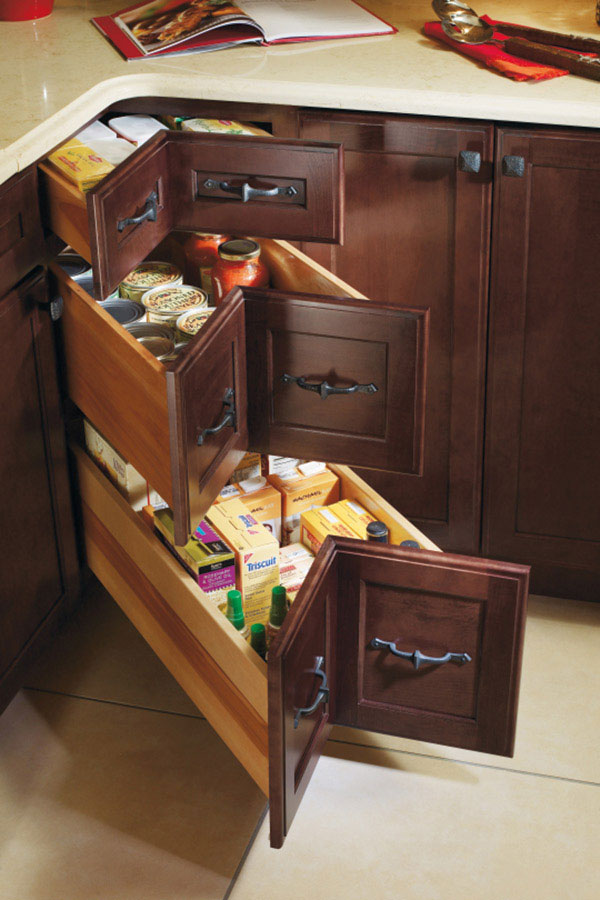 Three Corner Drawer Base Cabinet Decora Cabinetry