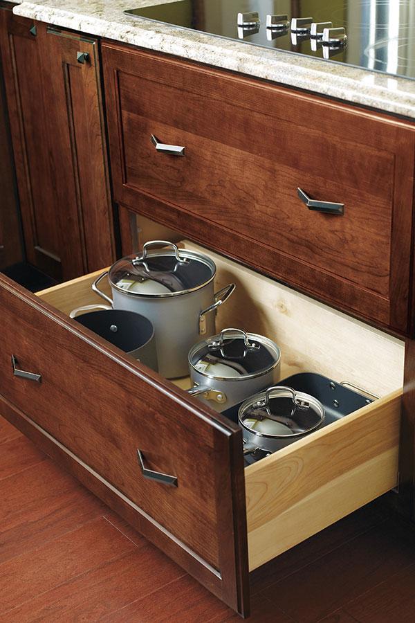 Corner Drawer Cabinet; DecDeepDrwrCArES
