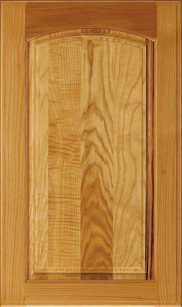 Verona Hickory Arched Raised Panel Cabinet Door in Wheatfield