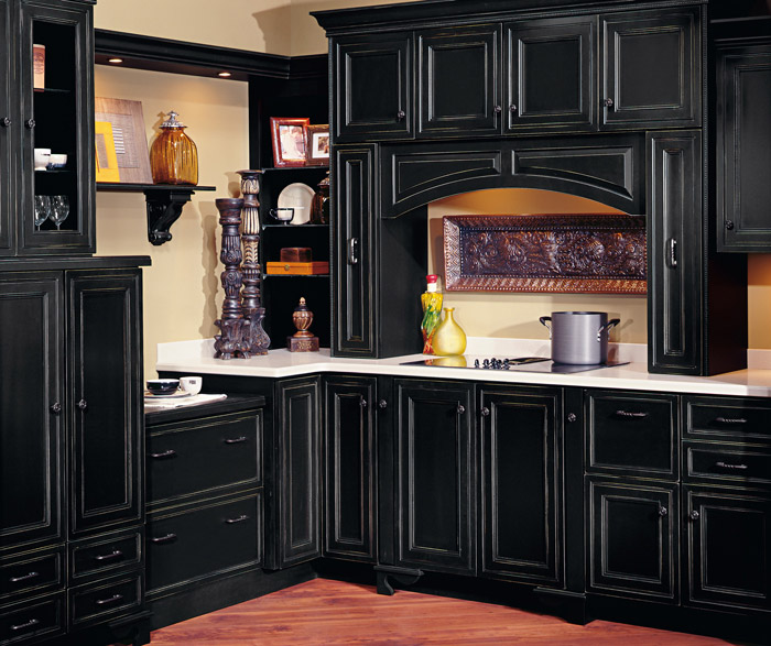 Braydon Manor black kitchen cabinets with Vintage finishing technique - Black Cabinets With Vintage Finishing Technique - Decora