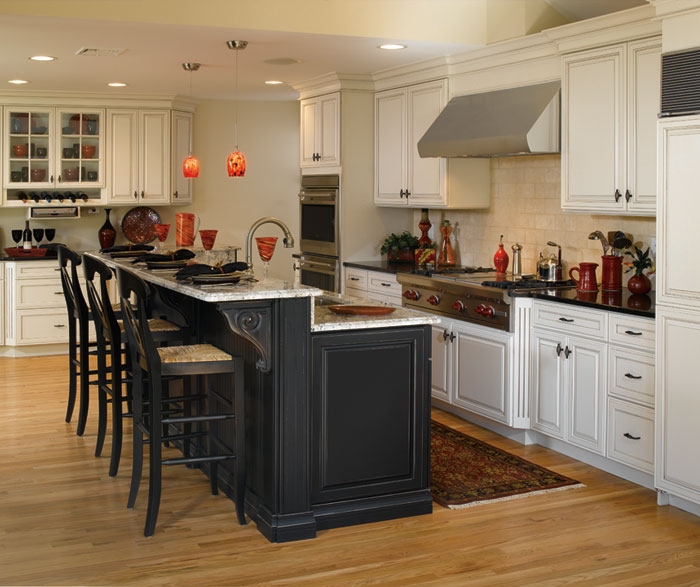 off white cabinets with black kitchen island decora rh decoracabinets com White Kitchen Cabinets with Black Hardware White Kitchen Cabinets with Black Hardware