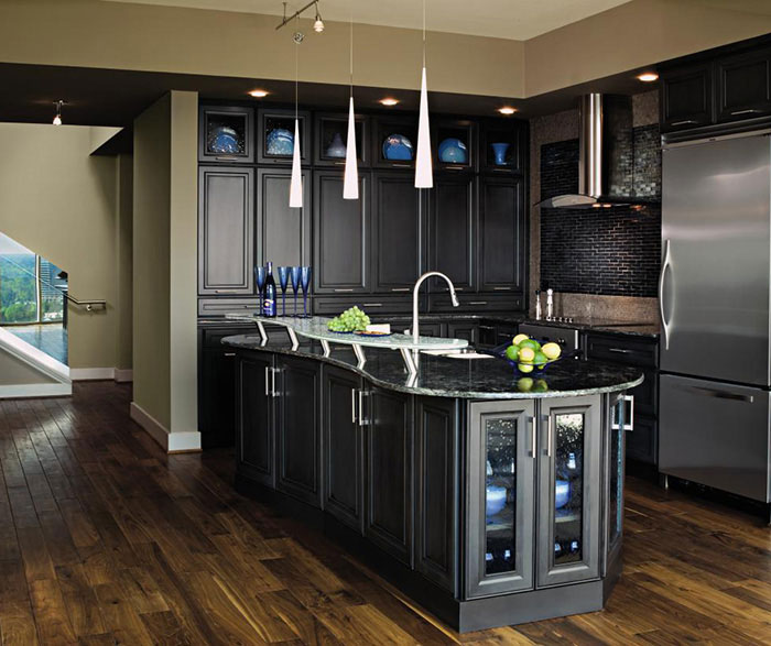Charmant Dark Grey Kitchen Cabinets By Decora Cabinetry ...