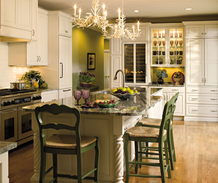 Off white kitchen with mullion cabinet doors by Decora Cabinetry
