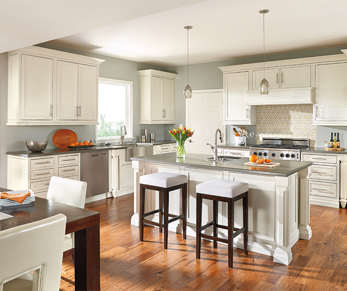 painting oak kitchen cabinets white painted oak kitchen cabinets decora cabinetry 7354