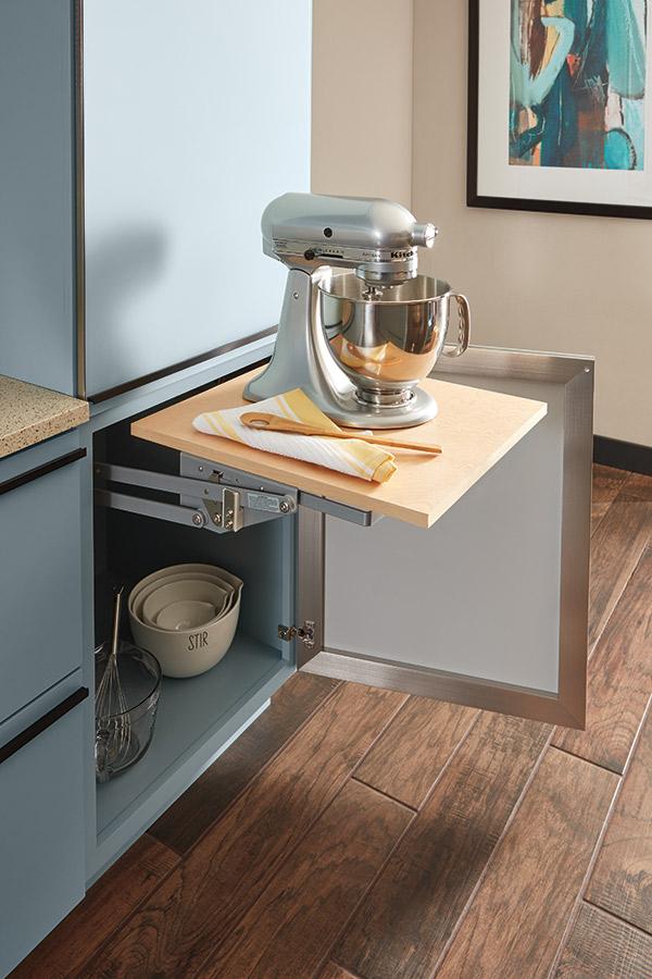 Base mixer cabinet
